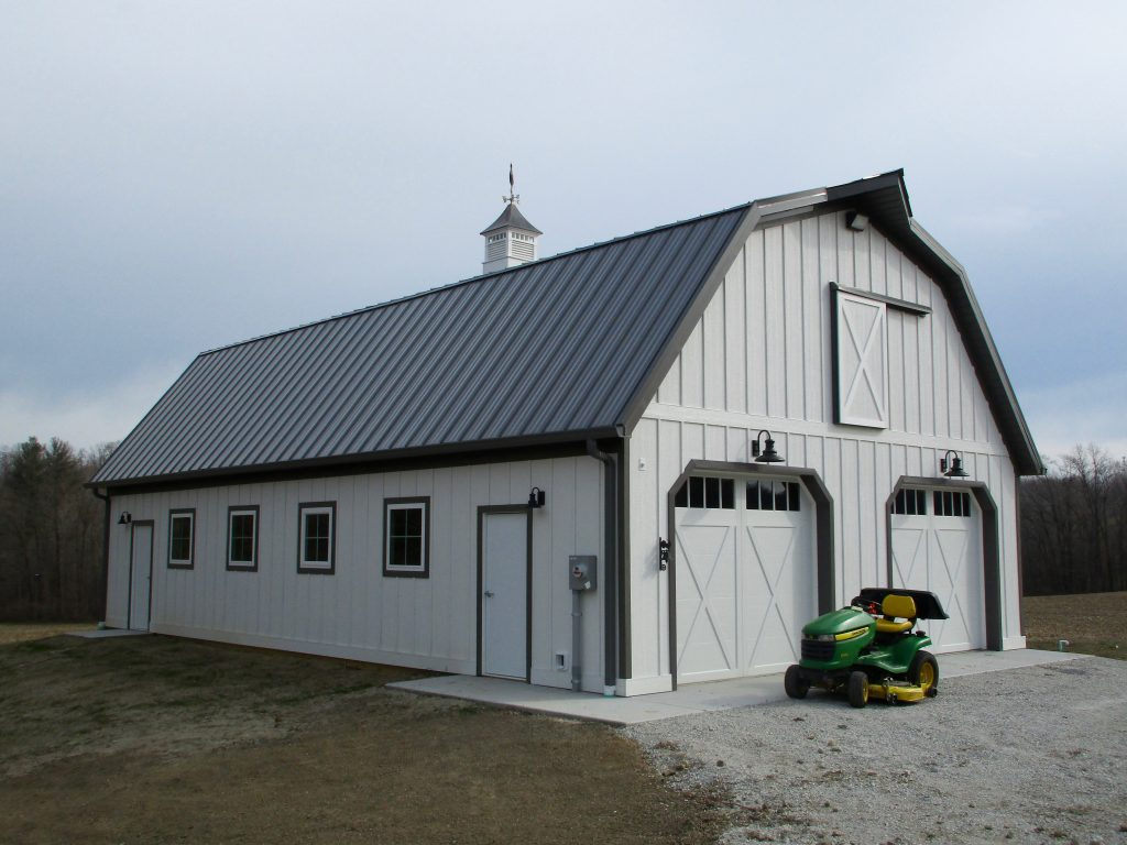 Eld construction la porte in 30 x 50 x 10 gambrel style Gambrel style barns